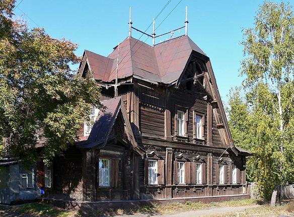 Дом Лесневского. Барнаул. Фото