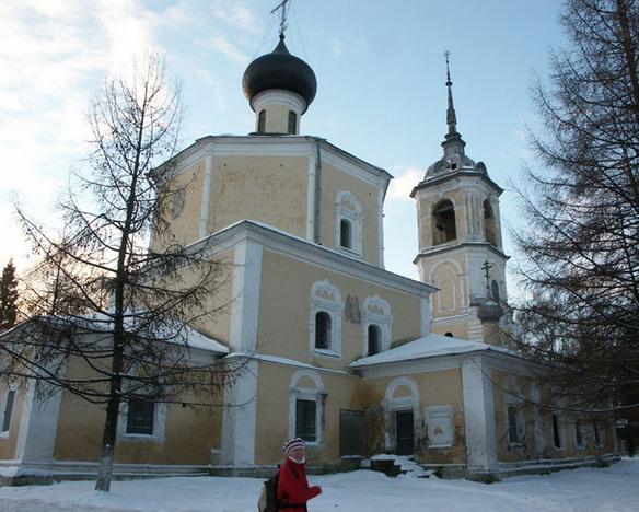 Церковь Иоанна Предтечи в Рощенье. Вологда. Фото