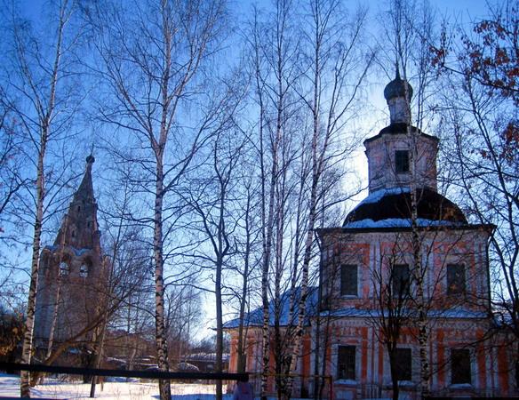 Владимирские церкви. Вологда. Фото